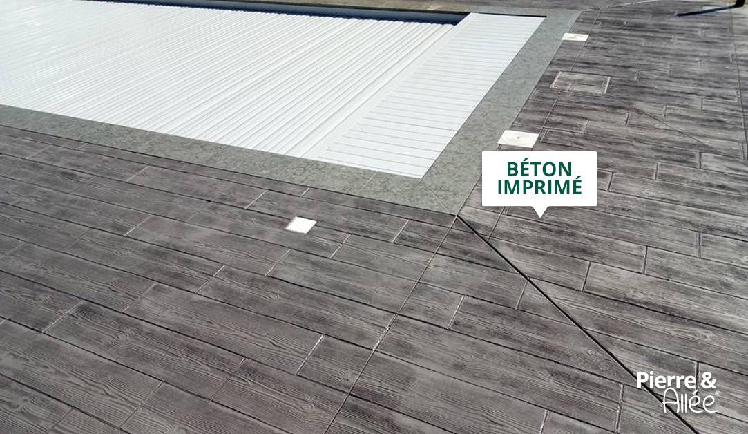 Aménagement contour de piscine en beton imprime
