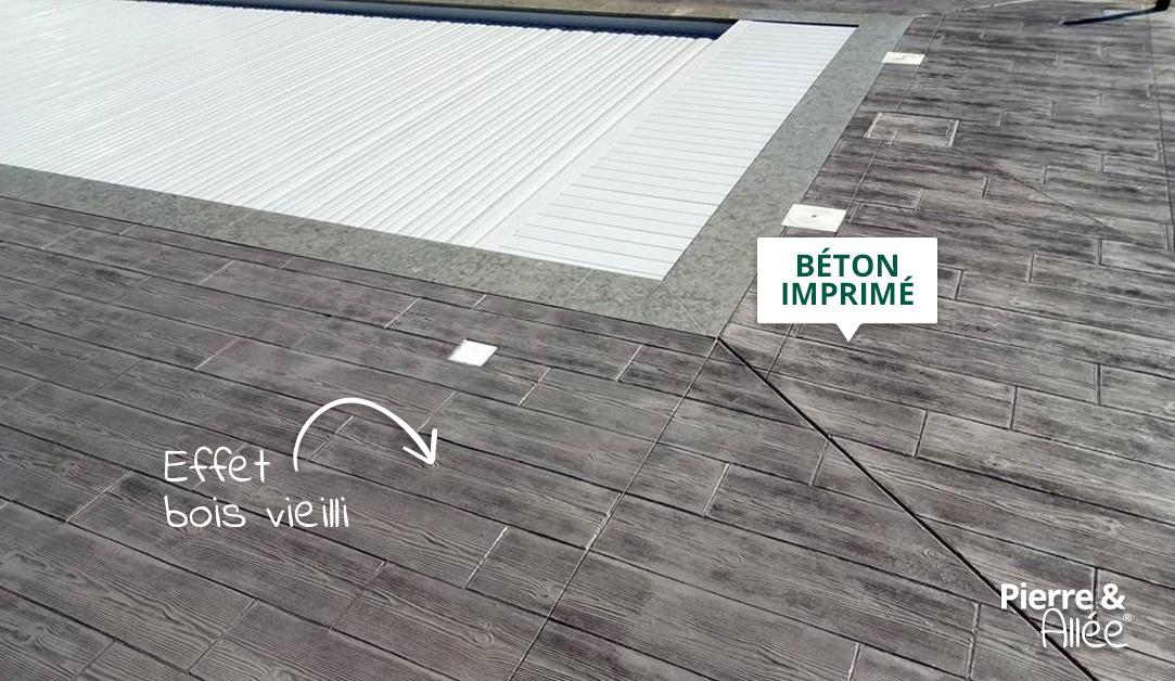 contour de piscine beton imprime effet bois vieilli